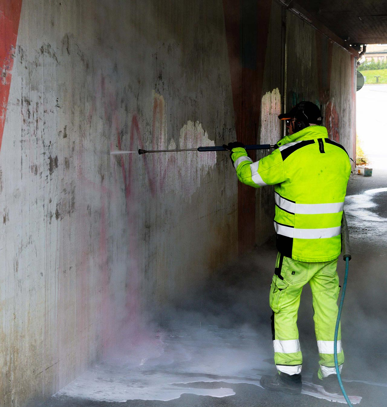 Graffiti-removal-service